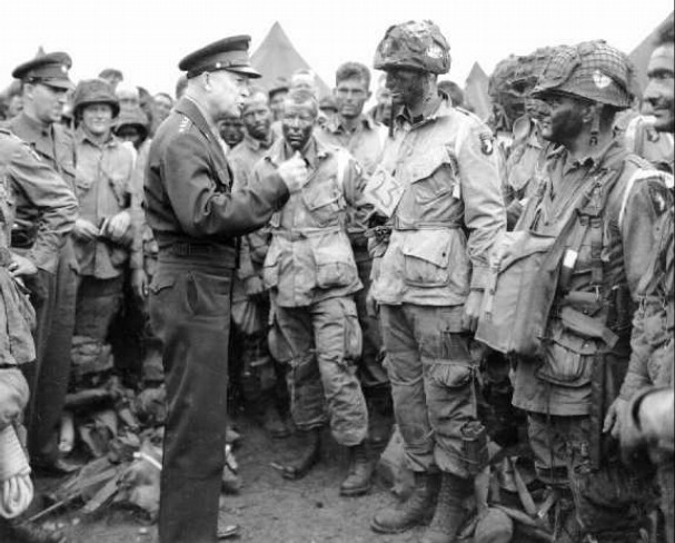 Eisenhower talking to troops on d-day